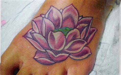 35 Vintage Lotus Tattoo Ideas