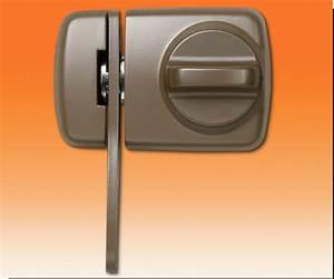 Tür Zusatzschloss Test : t r zusatzschloss 7530 f r eingangst ren zusatzschl sser t rsicherungen schl sser ~ Buech-reservation.com Haus und Dekorationen