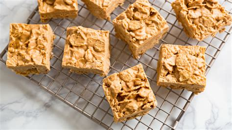 No-bake Peanut Butter Snack Bars Recipe