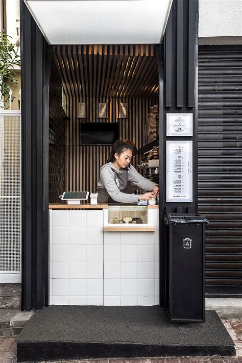 There is so much competition and so many factors that go into the operation that it takes a special type of person to make the leap into the industry. Japanese Minimalism and Smart Functionality Shape Ultra-Tiny Coffee Shop