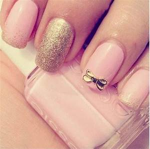 Pink nails with gold glitter and a bow. | Nails ...