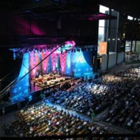 hollywood casino amphitheatre   midwest bank