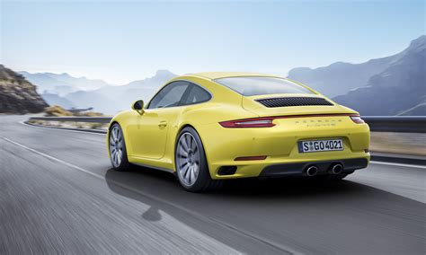 New Porsche 911 Carrera 4 And 911 Targa 4 For 2016