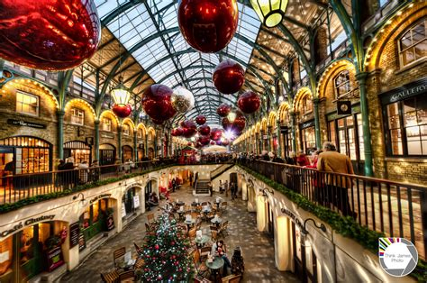 christmas decorations in wandswarth shopping centre london photos of are catched in the streets 2016 2017