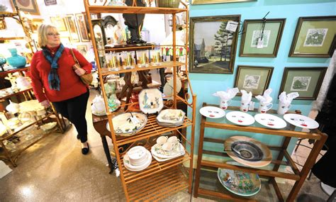 antique dealers antiques stores find new purpose as appeal wanes orlando sentinel