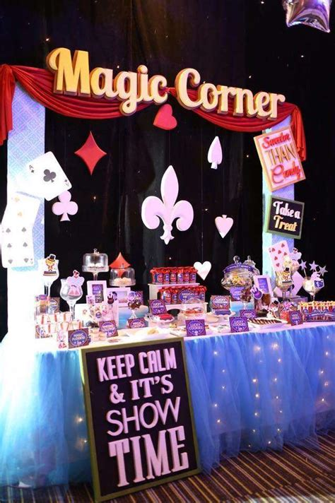 magic birthday party ideas photo    catch  party