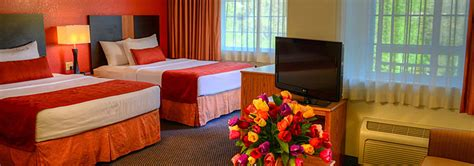 2 bedroom hotels in pigeon forge tn two bedroom suites in pigeon forge tn scandlecandle