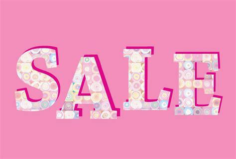 Sale banner. Big summer sale sign over pink background ...