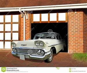 Garage Chevrolet : vintage car in garage royalty free stock image 92359564 ~ Gottalentnigeria.com Avis de Voitures