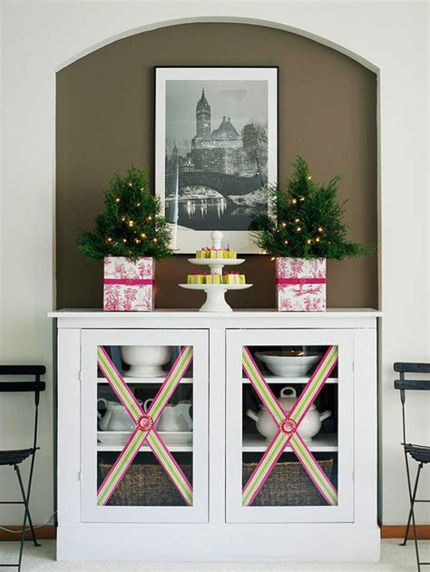 Decorate Cupboard Doors by Beautiful Decorating Ideas With Ribbons