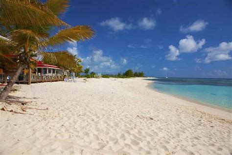 living   caribbean  top   islands