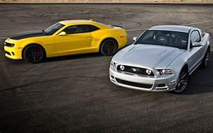 Head 2 Head Episode 25: Chevrolet Camaro SS 1LE vs Ford Mustang GT Track Pack!NO Car NO Fun ...