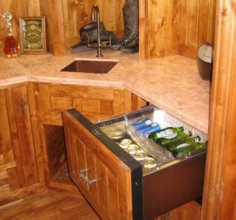 kitchen cabinets solid wood construction 1000 ideas about knotty alder kitchen on 8144