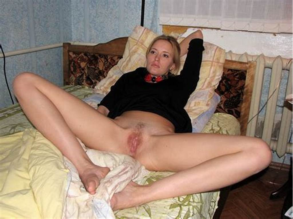 #Mature #Amateur #Legs #Spread #Wide