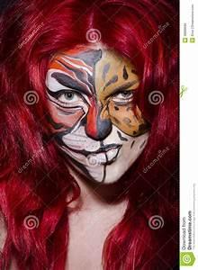 Peinture Visage Femme : femme avec la peinture de visage photo stock image du animal l opard 38889686 ~ Melissatoandfro.com Idées de Décoration