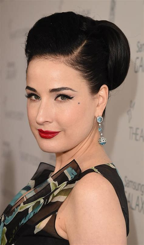 Dita Von Teese Hairstyle Photo   Zntent.com   Celebrity
