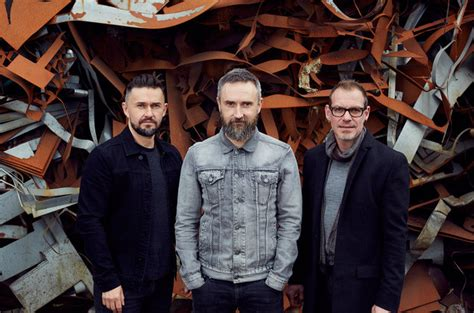 The Cranberries Ungkap Video 'all Over Now' Yang Diambil