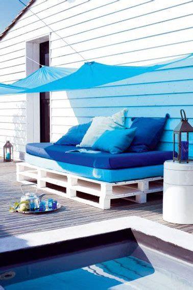 faire un canapé avec des palettes faire un canapé en palette bois esprit bord de mer