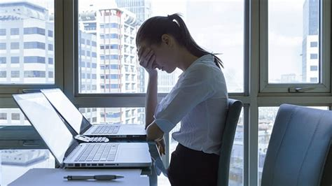 workplace trends   violate employee rights