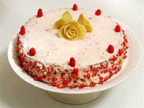 entremet aux pralines roses et framboises diet d 233 lices