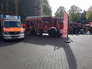 Feuerwehr Jobs Im Ausland : feuerwehr rettungsdienst und polizei pr sentierten sich ~ Kayakingforconservation.com Haus und Dekorationen
