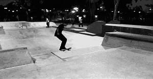 gif skate Black and White Cool trick fun guy park ...