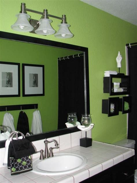 love  bright green walls   bathroom  isnt