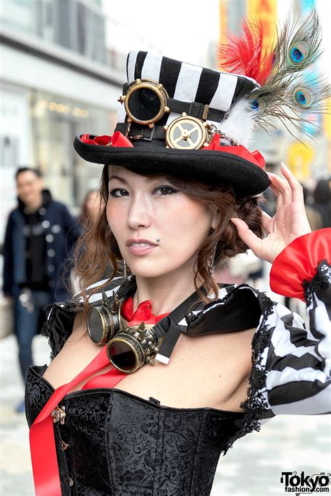 Japanese Dancer in Harajuku Steampunk Street Style & Giant ...