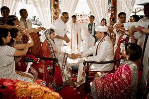 Traditional Indian Wedding at Secrets Maroma Beach – Tan ...