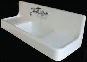 i could lose my mind over this fabulous vintage sink with