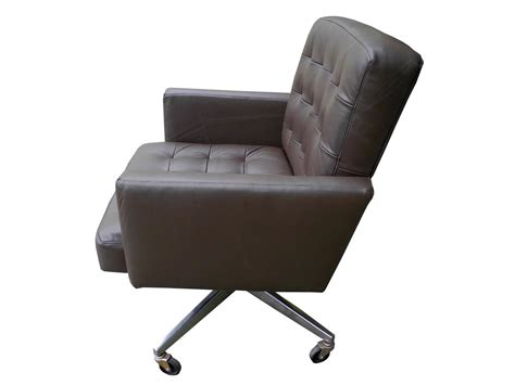 Taupe Leather Executive Desk/office Armchair On Wheels By