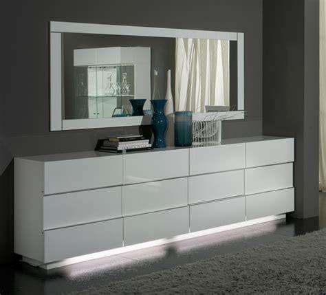 bureaux blanc laqué bahut 3 portes 3 tiroirs laque blanc