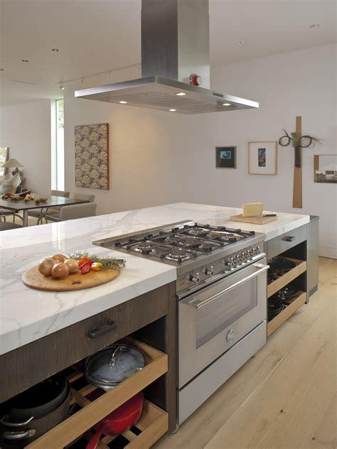 kitchen island with range houston tx bertazzoni 36 quot 5 burner professional series