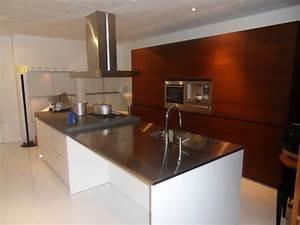 Quanto Costano Le Cucine Moderne Con Isola Prezzi E - Isole Cucina ...