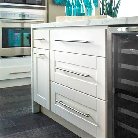 findley and myers cabinets findley myers malibu white kitchen cabinets