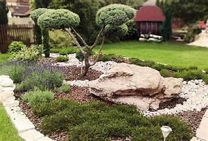 Weiße Steine Garten : mediterrane g rten gartengestaltung mit naturstein ~ Lizthompson.info Haus und Dekorationen