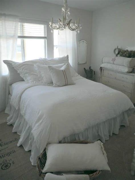 chic bedroom ideas 30 shabby chic bedroom decorating ideas decoholic Shabby