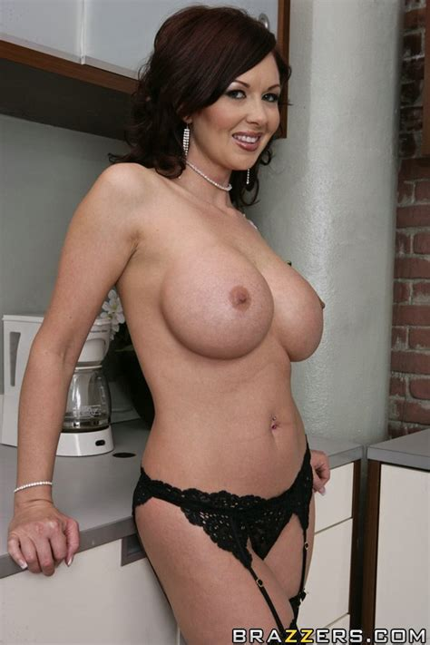mature wife with big hooters misty vonage gets a cock deep in her cunt sex porn pages