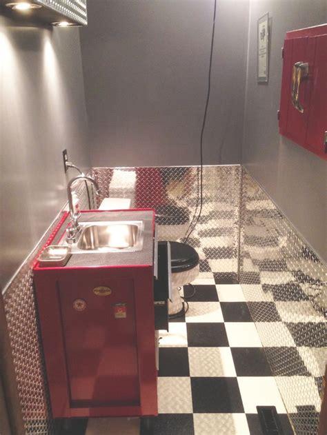 bathroom diamond plate wainscot