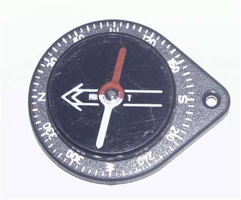 Buck 184 Buckmaster Compass Detail