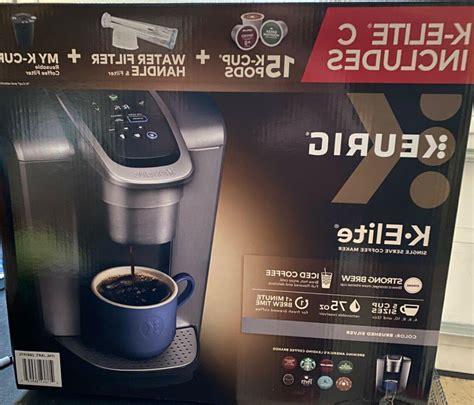 One water filter handle, and one filter to help ensure your beverages taste their absolute best. Keurig k-Elite c coffee maker