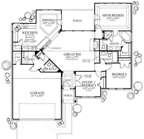 Texas Style Home Plan 3 Bedrms 2 5 Baths 1561 Sq Ft