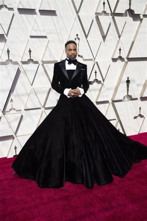 Photos The Oscars Red Carpet Features
