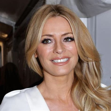 Tess Daly - The Right Address