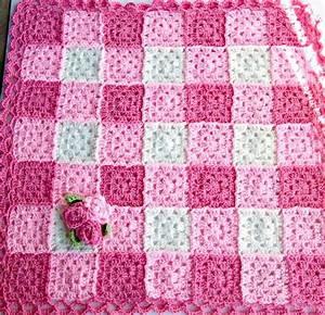 Granny Square Decke Häkeln : pink crochet rose blanket granny square baby blanket by puddintoes h keln baby decke h keln ~ Orissabook.com Haus und Dekorationen