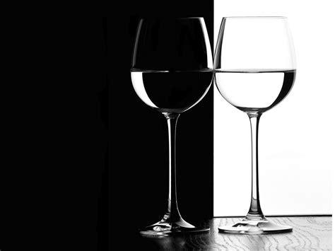 black and white black and white wallpaper 22 2560x1920