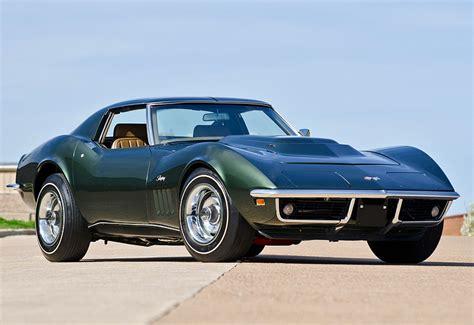 corvette stingray fast  powerful sports car