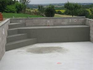 les 25 meilleures idees de la categorie escalier piscine With escalier pour piscine beton