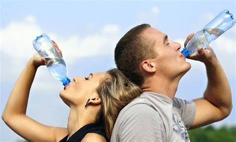 Amazing New Study Finds That Drinking More Water Helps. National Council For Marketing And Public Relations. Colleges That Provide Laptops. Bathroom Remodel Columbus Ohio. Niacin Alcoholism Treatment Free Ads Google. Student Loans For Veterans Garth The Plumber. Divorce Attorney Franklin Tn. Wealth Management Group Fabric Interior Design. Legal Framework Region 18 Career In Trucking