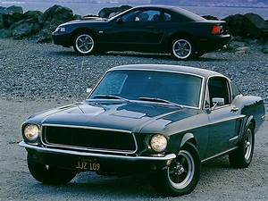 Ford Mustang Bullitt Fastback (1968) - picture 3 of 4